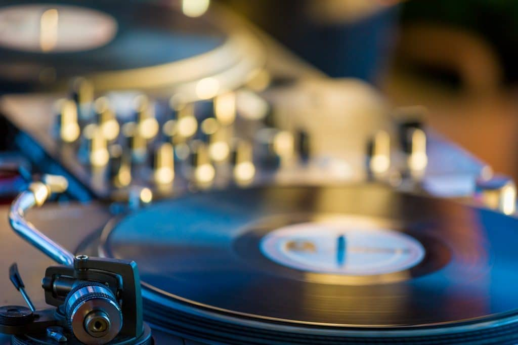 Be A Pioneer, Stop Making DJ Mixes